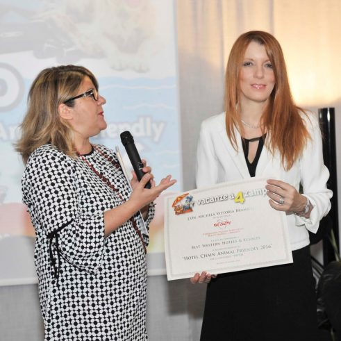 michela-vittoria-brambilla-premia-best-western-hotels-resorts